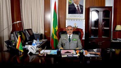 صورة الفريق محمد ولد مكت أوسمة تضحية ونياشين إستحقاق