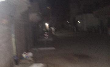 """صورة عرفات : مجموعة من الشباب تهاجم رجلا علي خلفية  التحرش بفتاة """"تفاصيل"""""""